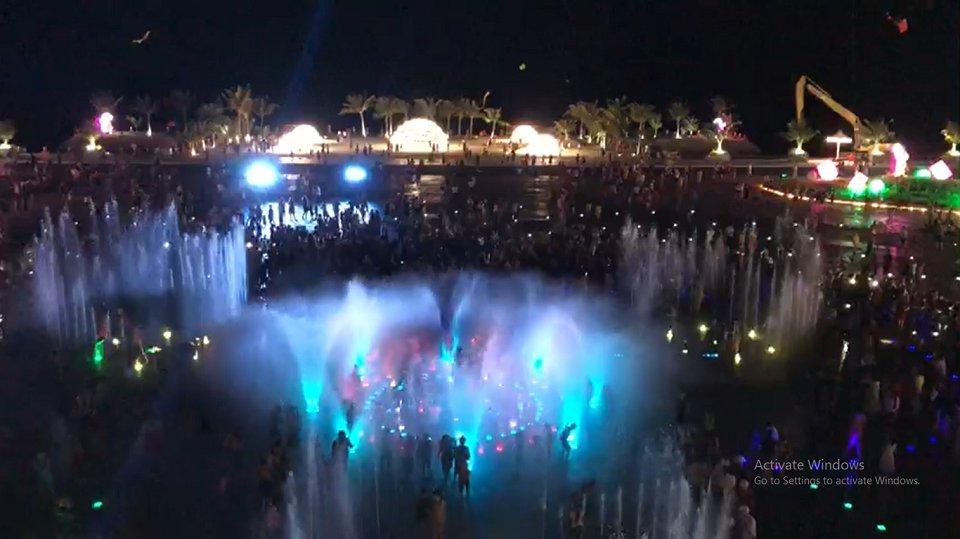 Quảng trường nhạc nước Phương Đông Vân Đồn